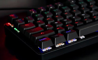 mechanical-keyboard-termurah-terbaik-meca-warrior