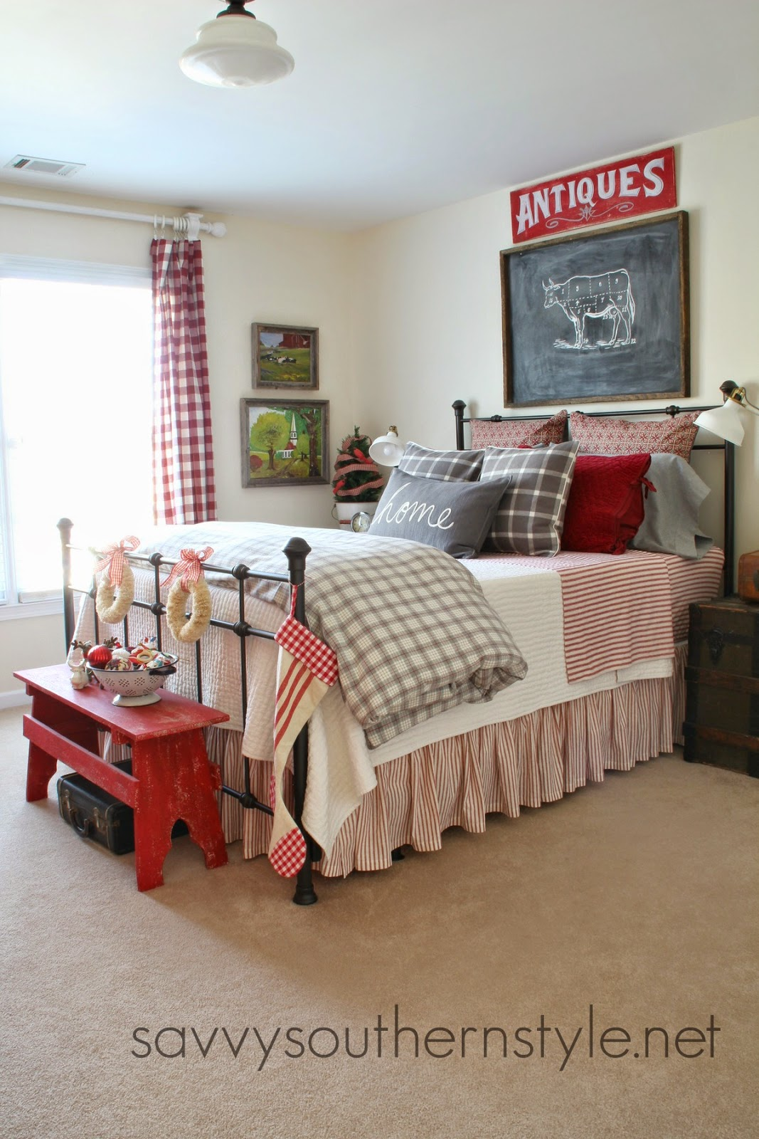 Fashion Inspired Guest Room: Savvy Southern Style: Farmhouse Guest Room Christmas