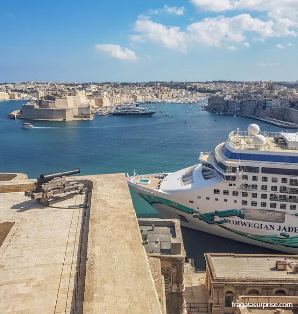 navio de cruzeiro em Malta