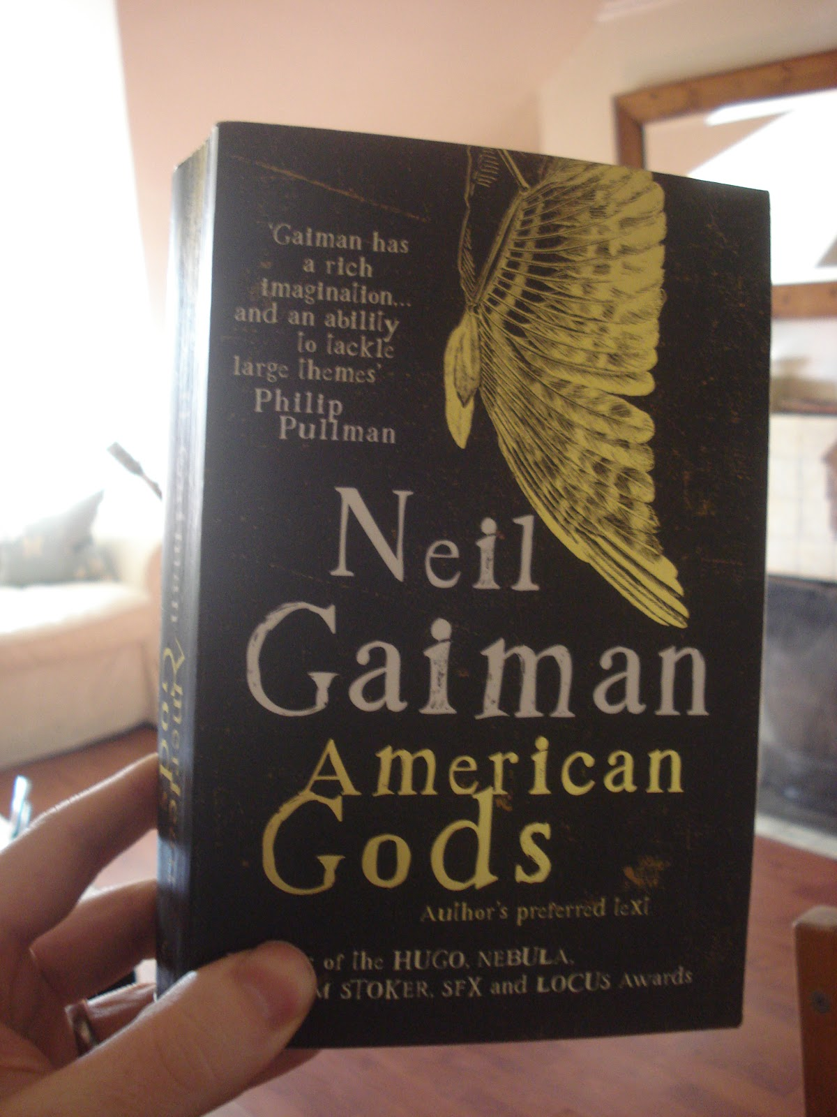 Gav's Book Reviews: American Gods - bloody good big book