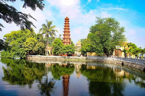 60 expériences à faire à Hanoi comme des locaux