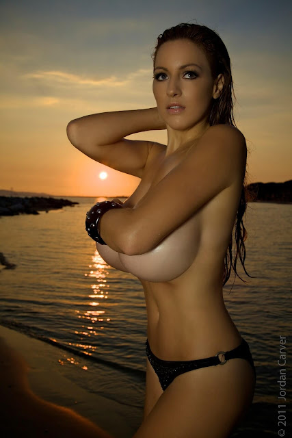 Sexiest-Jordan-Carver-Sunset-hot-HD-Photoshoot-Image-2