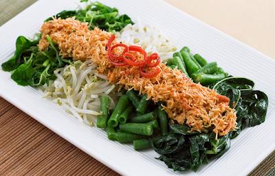 sayuran merupakan sumber nutrisi yang sangat penting bagi badan insan alasannya yakni sebagian be Resep Masakan Sayur Hijau Urap
