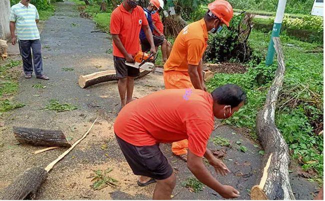Cyclone Yass Updates:चक्रवाती तूफान 'यास',ओडिशा और बंगाल में कहर मचाकर झारखंड पहुंचा ,कई जिलों में भारी बारिश