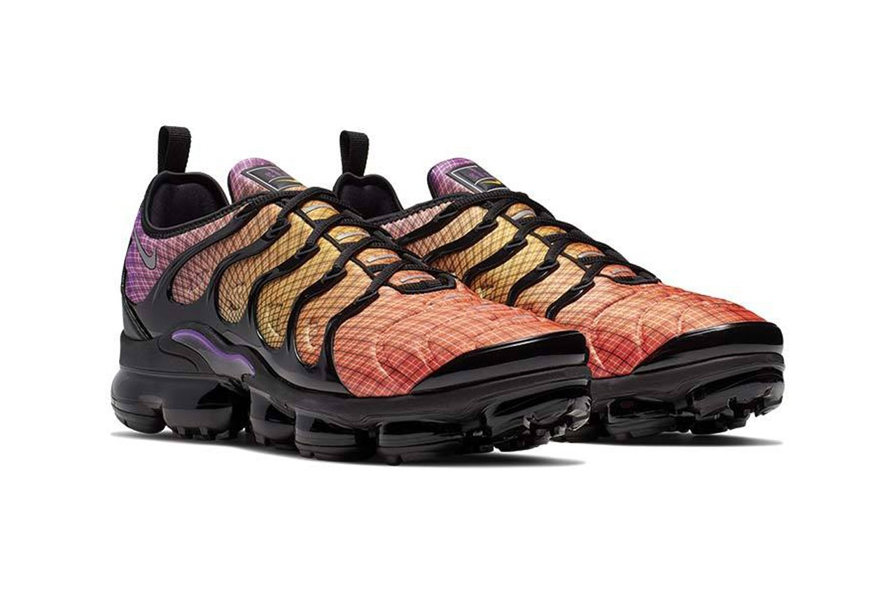 "cfed7920fc With releases like the Air Max Tailwind 4 and Air Max 98 in the ""Desert  Fade"" colorway among its recent drops, Nike continues to pull from the  elements of ..."