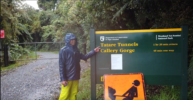Travel with Lalindu – Tatare Tunnels in Franz Josef