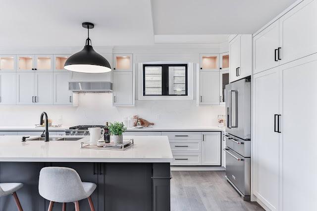 Desain Interior Dapur Minimalis Hitam Putih