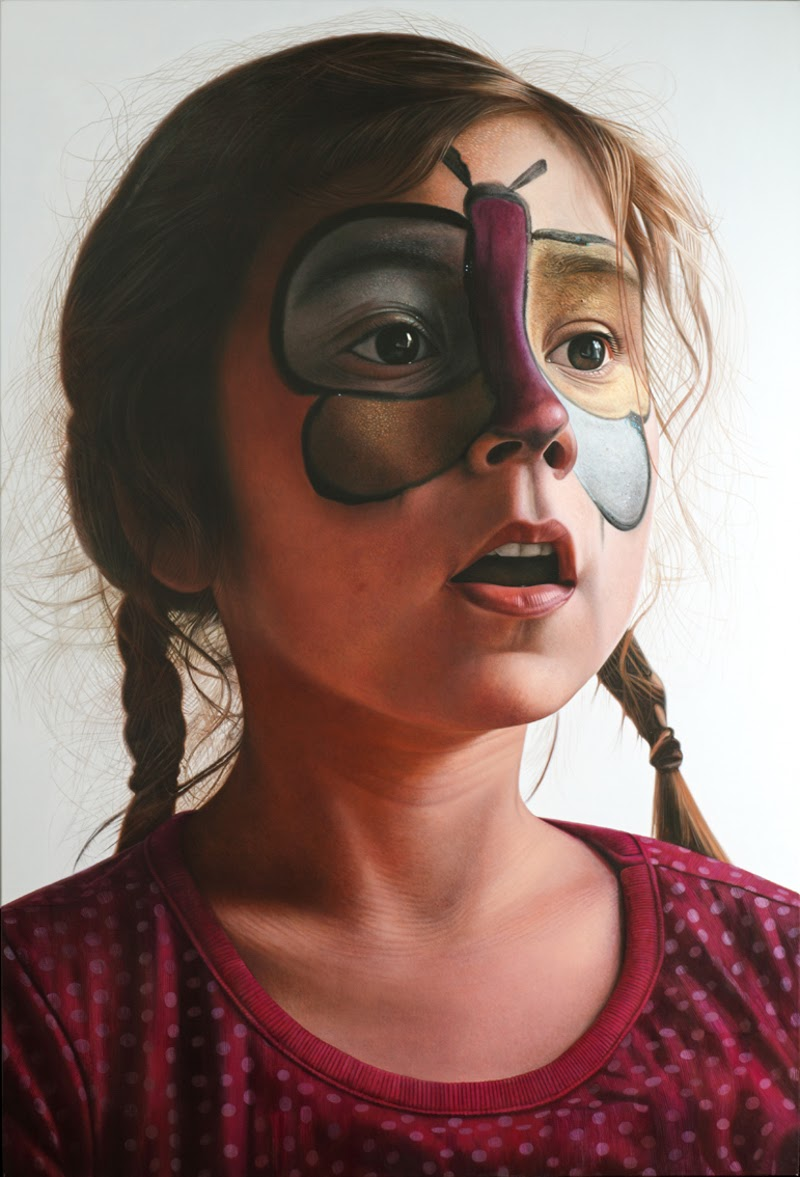 Realistic Figurative Paintings by Enrique Collar.