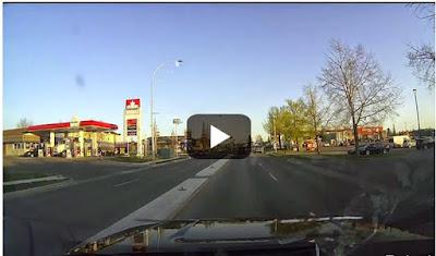 Όταν με μια γκαζιά ξεκολάει ο πίσω άξονας. Απίστευτο βίντεο...