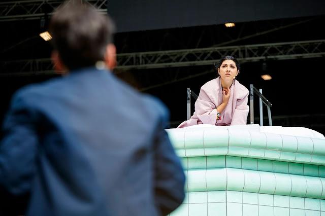 Verdi: La traviata - Luis Gomes, Susana Gaspar - Nevill Holt Opera (Photo Lloyd Winters)