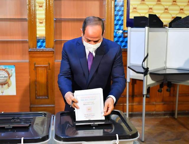 السيسي يدلي بصوته في انتخابات مجلس الشيوخ 2020
