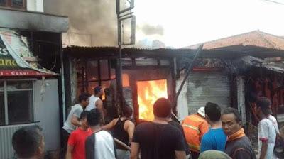 Kebakaran di Tanah Abang Hanguskan 66 Bangunan, Ratusan Warga Butuh Bantuan