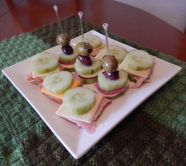 Cucumber%2BSandwiches%2BTray Weight Loss Recipes Healthy and Easy Holiday Party Recipes