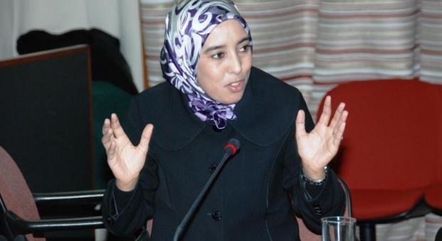 ماء العينين : فرنسا دولة ديمقراطية و المغرب شيطن احتجاجات الريف !
