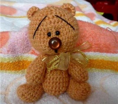 Медвежонок крючком амигуруми
