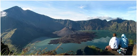 7 Tempat Wisata Alam yang Bikin Liburan di Lombok Semakin Tak Terlupakan