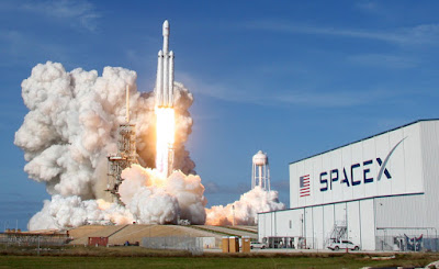 Falcon Heavy Rocket successfully Launched by SpaceX