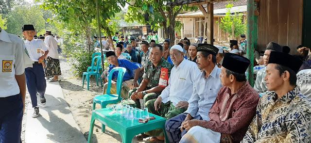 Wujud Kedekatan, Babinsa Karangawen Laksanakan Takziah di Desa Jragung