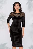 Rochie Dorina neagra din catifea cu dantela si perlute la bust