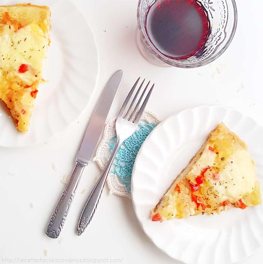 pizza de arroz cocido