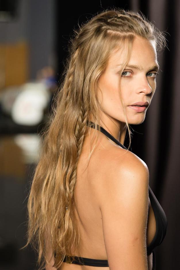 La moda en tu cabello lindas trenzas con el pelo suelto - Fotos peinados de moda ...