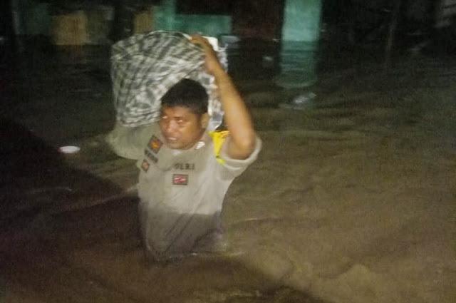 Banjir rendam dua kecamatan di Dompu