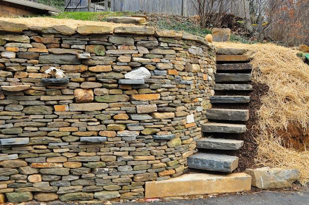 Rockin Walls December 2011