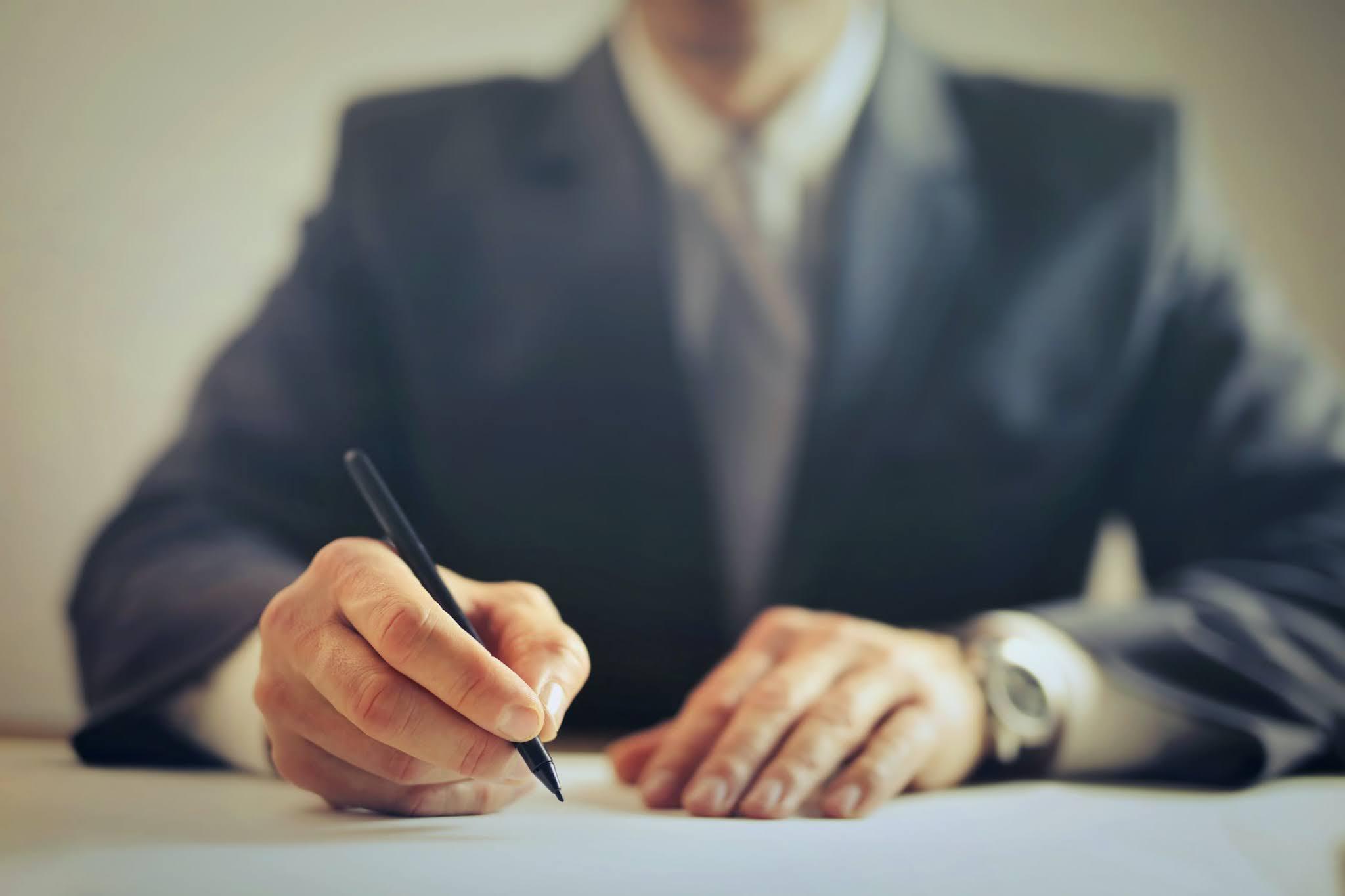 Dlaczego warto korzystać z porad prawnych?