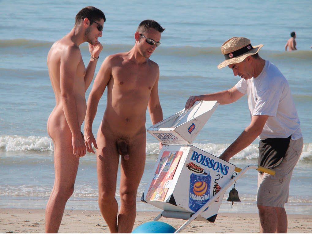 Spy Cam Dude Nude Beach-2232