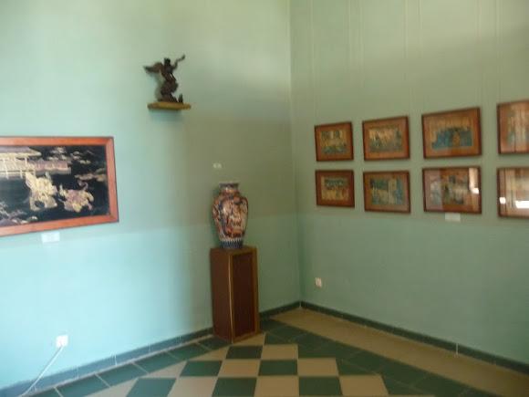 Золочів. Китайський палац. Музей східних культур