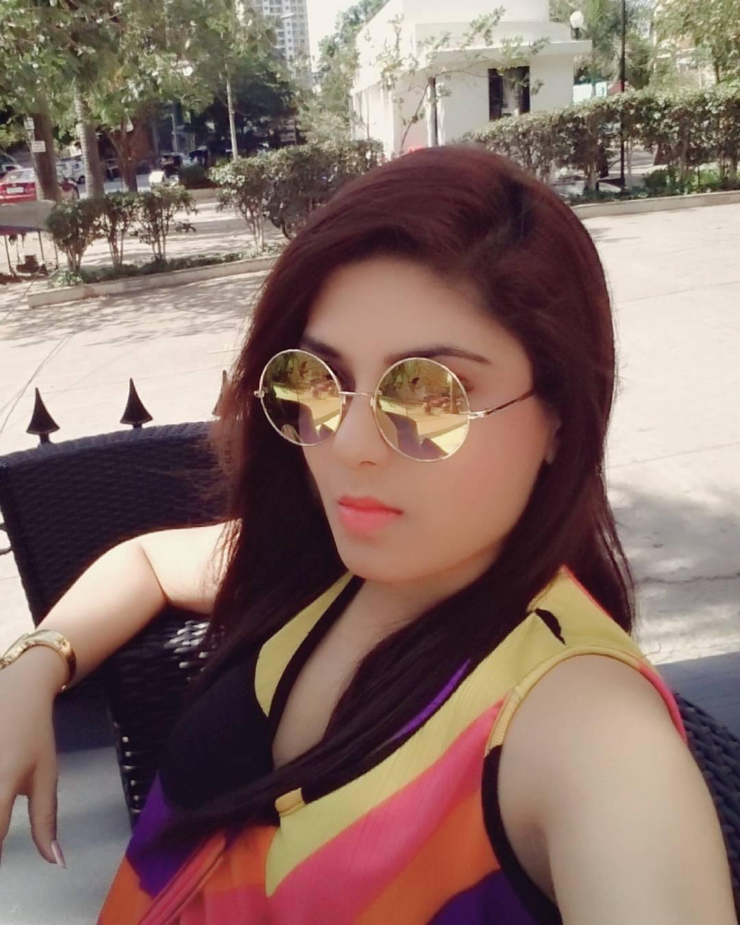 Sneha kudvalkar webseries actress hot photos gallery