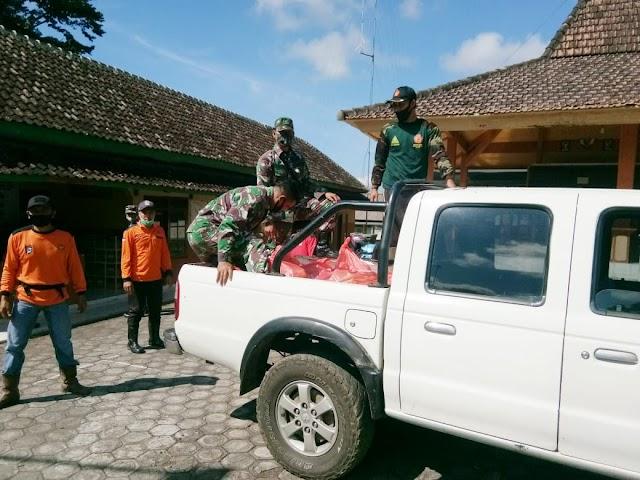 Satgas Tanggap Bencana Lumajang Distribusikan Sembako ke Masyarakat Terdampak Gempa