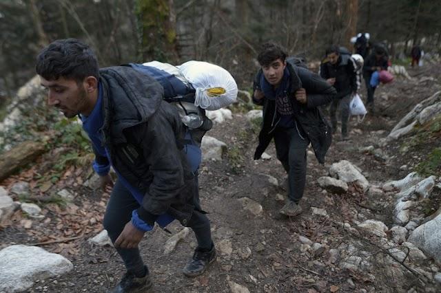 Több tucat határsértőt tartóztattak fel a szlovén hatóságok a hétvégén