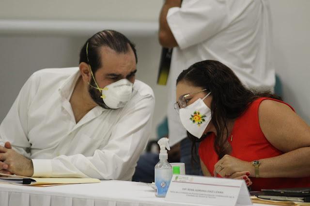 Felipe Cervera Hernández y Rosa Adriana Díaz, coordinadores de la bancada del PRI y del PAN, respectivamente. Antonio Sánchez