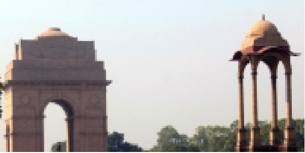 delhi-mae-pradusharn-bhari-shubha