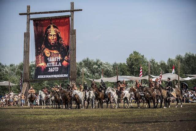 Korlátozások mellett tartják meg az idei Kurultajt, a Kárpát-medencei magyarság legnagyobb hagyományőrző rendezvényét