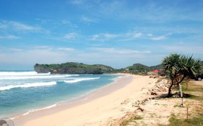 3.Pantai Krakal