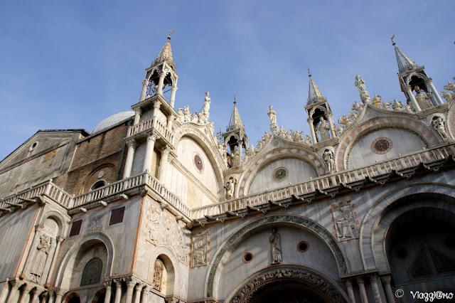 La facciata laterale della Basilica di San Marco di Venezia