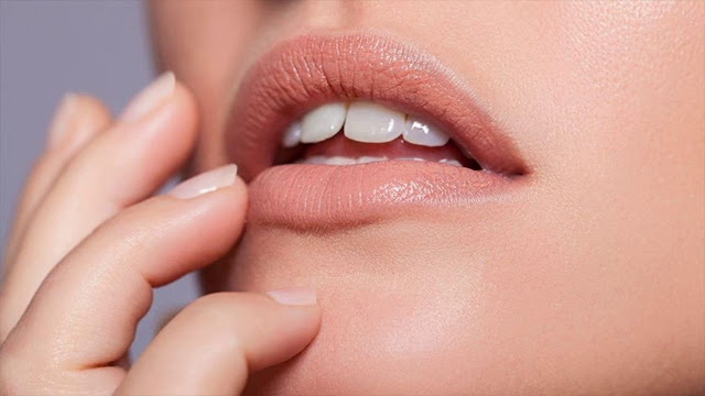 Tips Menggunakan Lipstik Nude