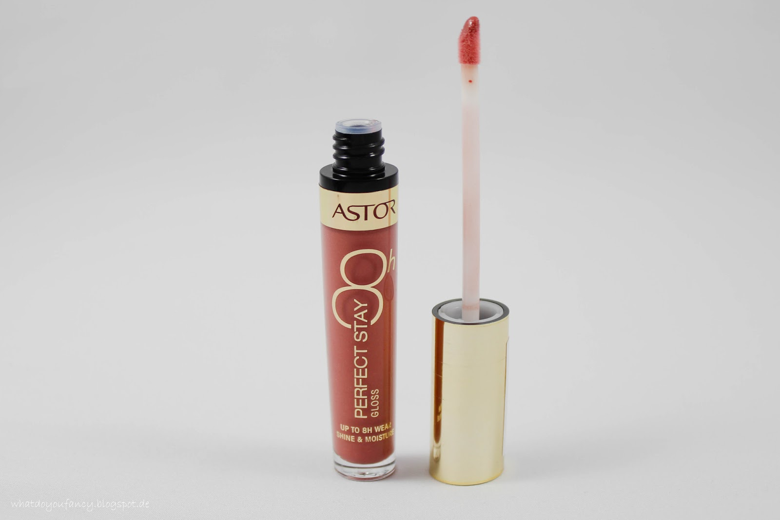 """ASTOR Perfect Stay 8H Gloss in der Nuance 012 """"Sweet Wood"""""""