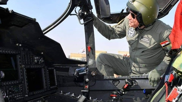 تفقد الرئيس السيسي لإحدى القواعد الجوية اليوم