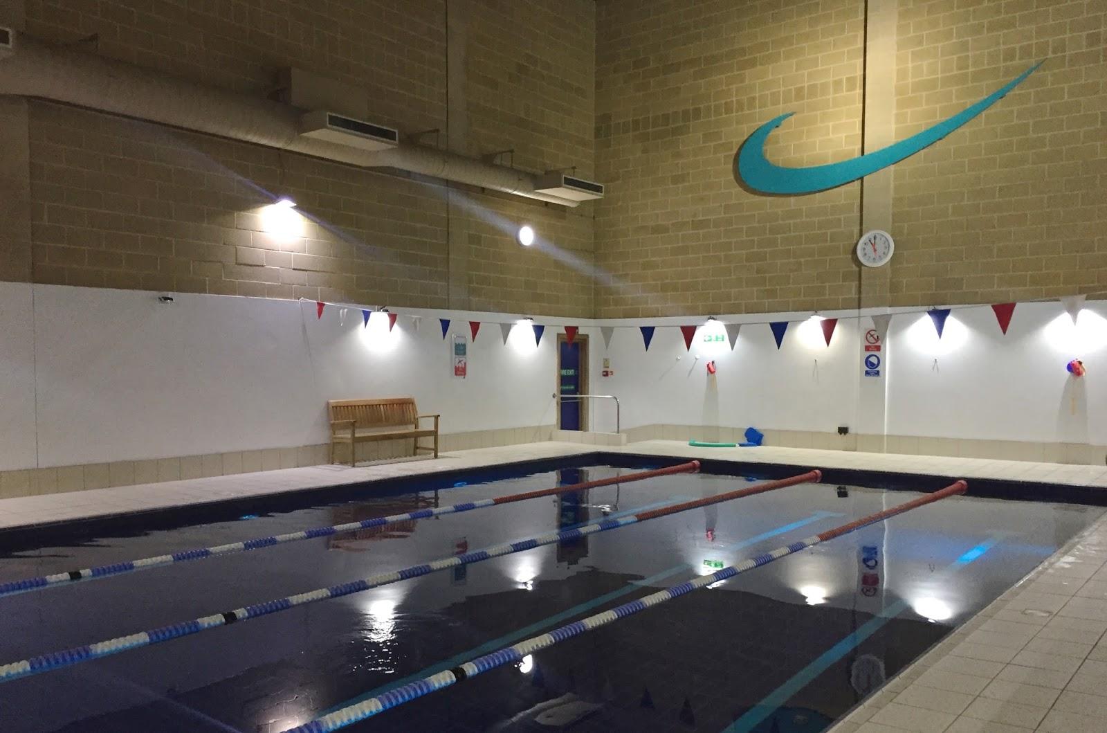 Harbour Club Swimming Pool
