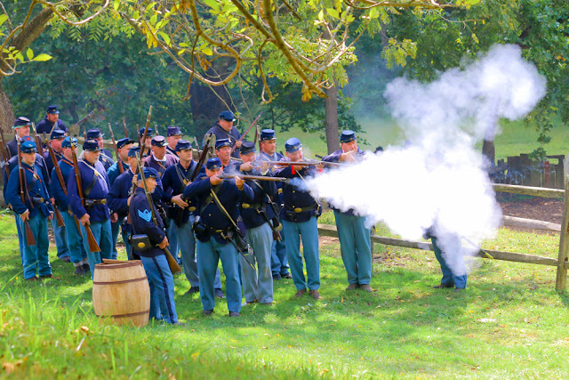 Civil War Reenactors Colonial Pennsylvania Plantation