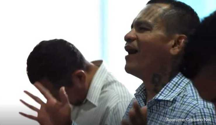 Pastor Will Gómez, ex pandillero salvadoreño