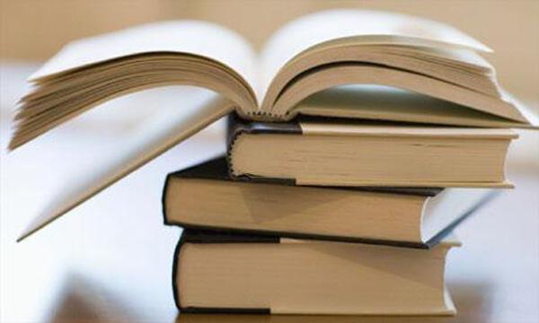 Πτυχιούχος παραδίδει ιδιαίτερα μαθήματα σε μαθητές με μαθησιακές δυσκολίες