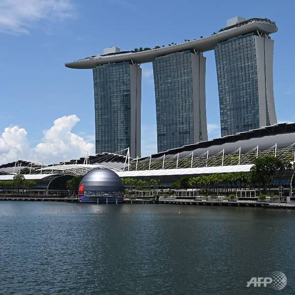 Apple Store Terapung Pertama Di Dunia Ada Di Marina Bay Sands, Singapura