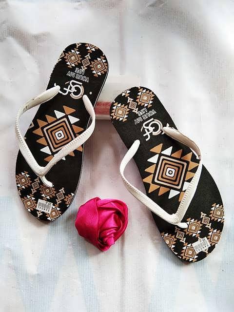 Sandal Distro Wanita Terlengkap  ✓ Harga Termurah  ✓ 082317553851