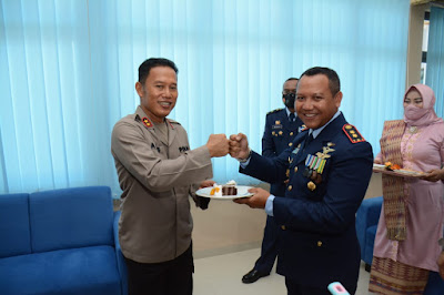 Kapolda Kepri Kejutan Ucapan Selamat Hut Tni Au Ke 75 Tahun 2021 Kepri News Lengkap Aktual