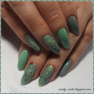 http://snaily-nails.blogspot.com/2017/02/greenery-battery.html