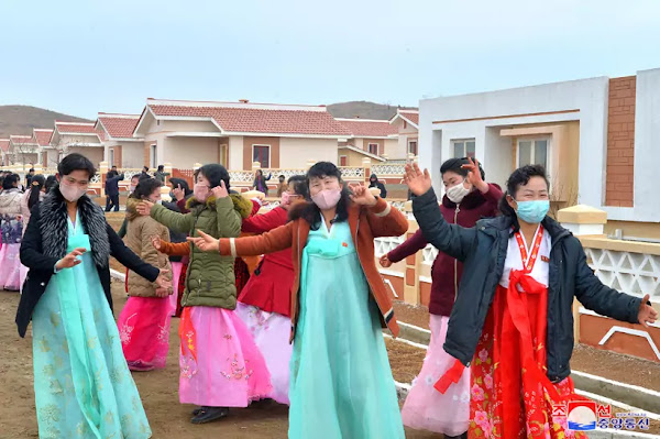 Dance to thankful joy of moving to new houses, Kwangchon area, December 27, 2020